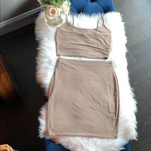 Missguided 2 piece. Tan size US 8 never worn.